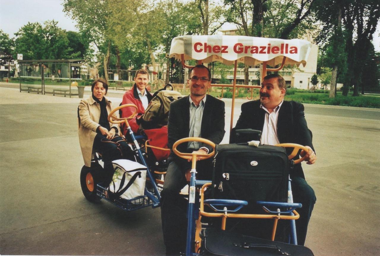 Taxi rosalie à la gare de Charleville-Mézières