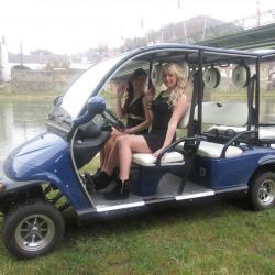 2 Miss sur golfette